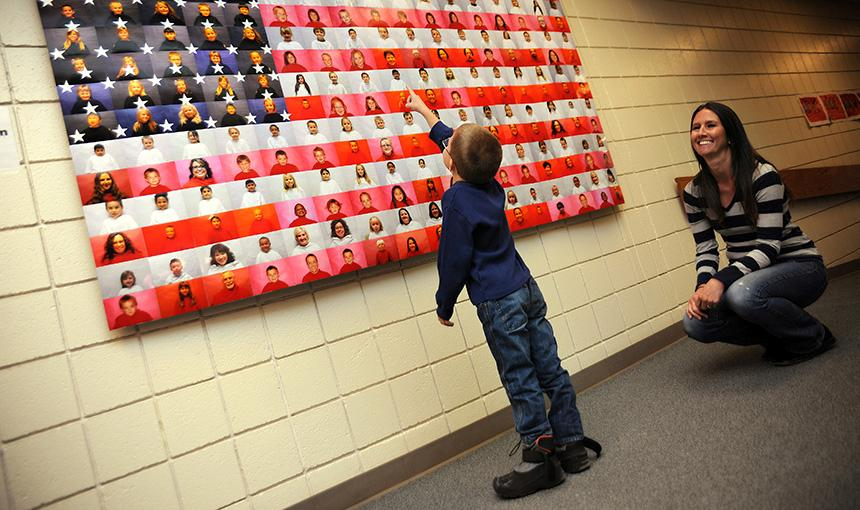 Kindergartners Show 'Thanks' to Veterans
