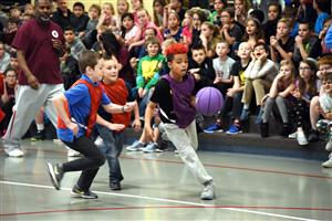 MRES students play basketball Dec. 1.