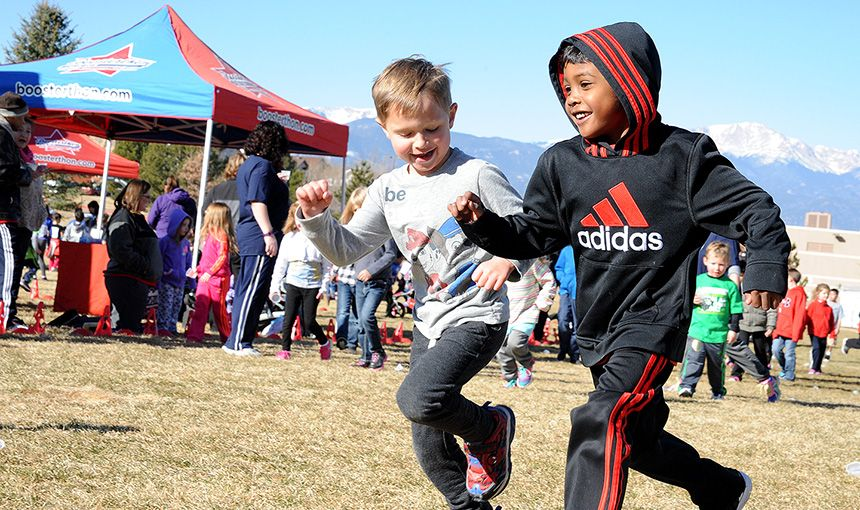 RES 'Mustangs' Stampede During Fun Run