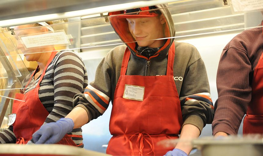 Eighth-graders Donate Time to Local Soup Kitchen