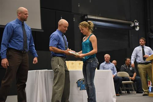 Students athletes recieve awards at VRHS