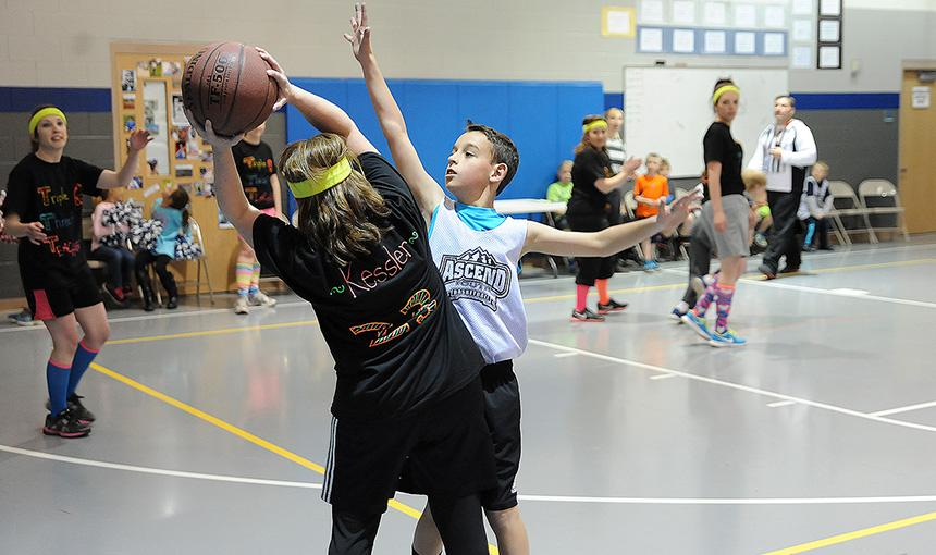 Students Compete Against Teachers in Basketball Fundraiser