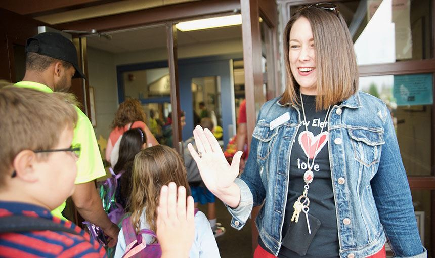 RVES Greets Students for First Day of School
