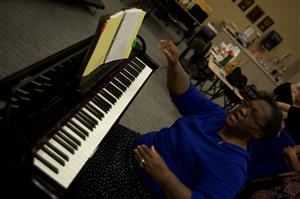 Dr. Harriet G. Jarmon, Director of Vocal Music at SMS, rehearses with the Eagle Honor Choir ahead of the SMS MLK concert
